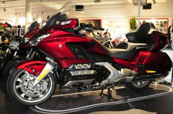 2002 Honda Goldwing Owners Manual