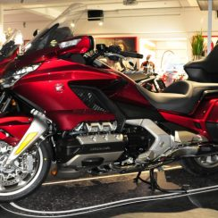 2017 Honda Goldwing Owners Manual