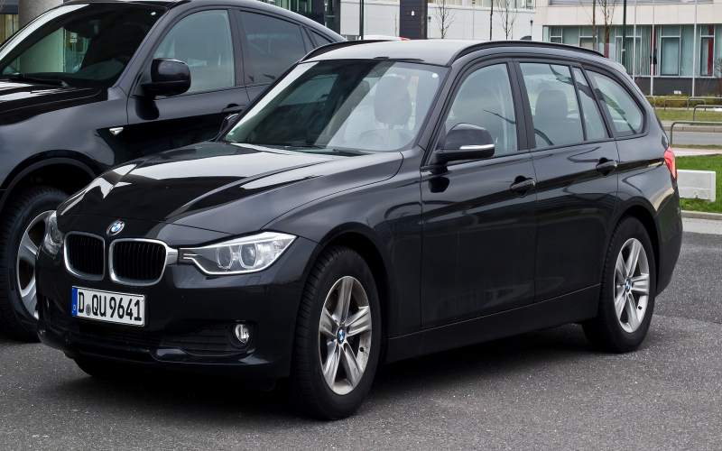 BMW F31 320d Owners Manual