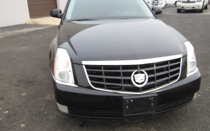 2008 Cadillac Deville Owners Manual