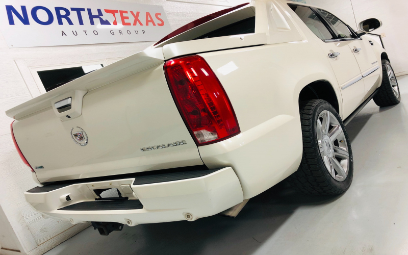 2011 Cadillac Escalade Ext Owners Manual