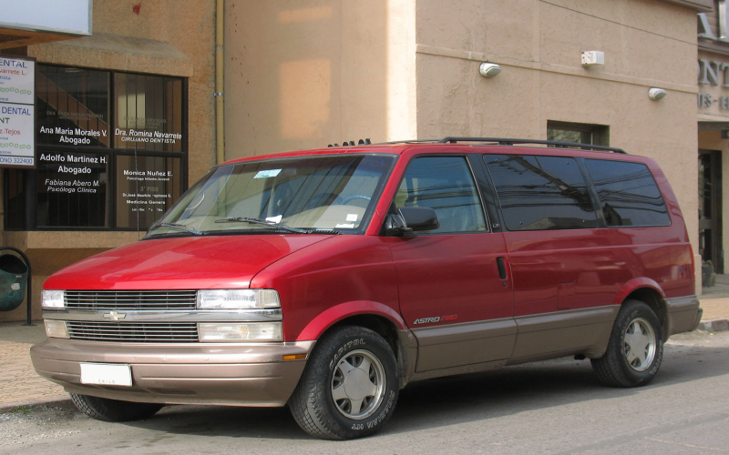 2001 Chevy Astro Owners Manual