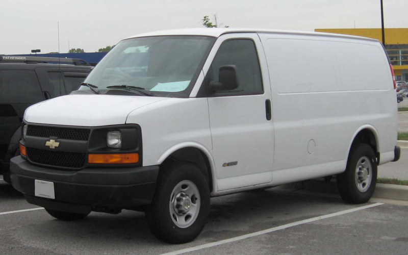 2009 Chevy Express Van Owners Manual
