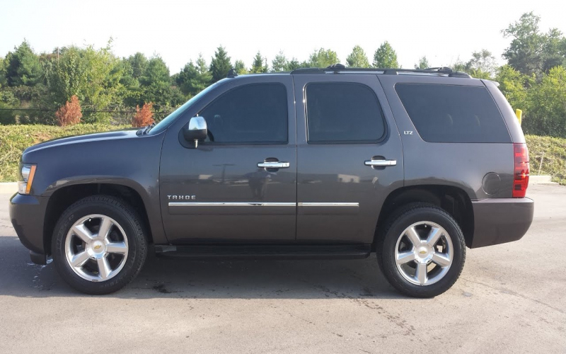 2010 Chevy Tahoe Owners Manual