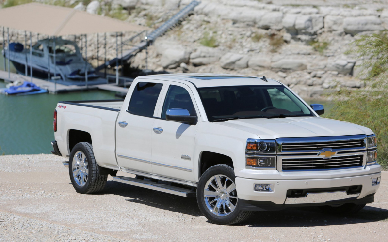 2014 Chevy Silverado High Country Owners Manual