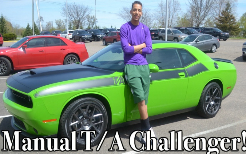 2017 Dodge Challenger Hellcat Owners Manual