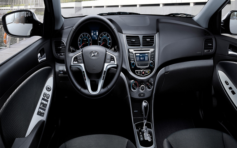 2016 Hyundai Accent Hatchback Owners Manual