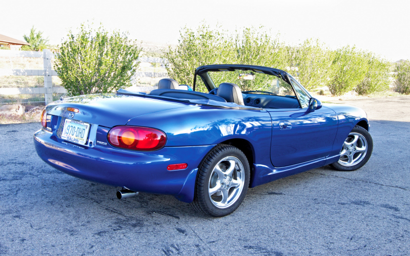 2003 Mazda Miata Owners Manual